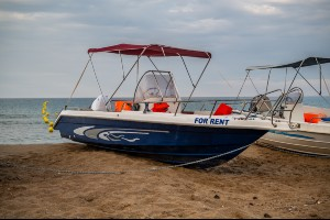 boat rentals on the beach
